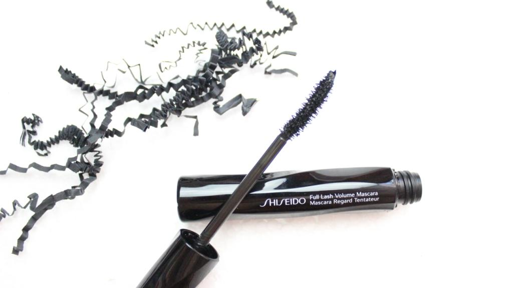 Shiseido-full-lash-volume-mascara-lebensgefühle-blogger-beauty-münchen-munich-wimperntusche-highend-im-test-flaconi-1