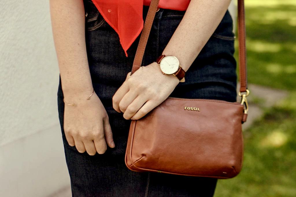 jeansrock-kombinieren-stylen-jeansskirt-creolen-sommer-outfit-look-zopf-flechtzopf-sommerfrisur-blogger-fashion-muenchen-modeblogegerin-muenchen-daniel-wellington-uhr-fossil-handtasche-f1