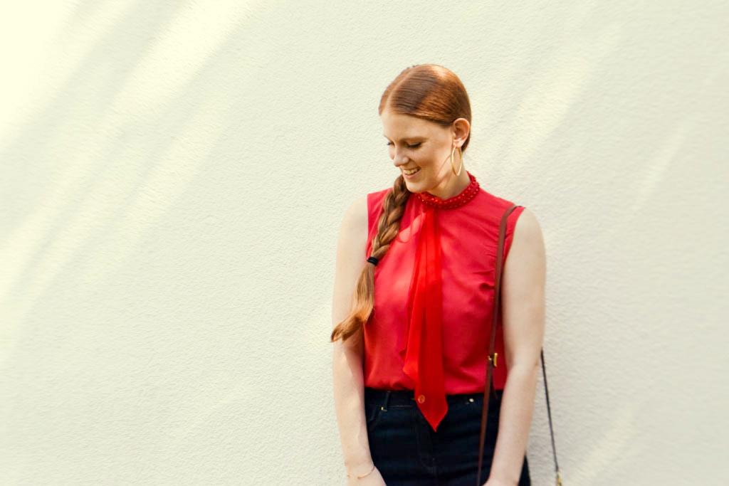 jeansrock-kombinieren-stylen-jeansskirt-creolen-sommer-outfit-look-zopf-flechtzopf-sommerfrisur-blogger-fashion-muenchen-modeblogegerin-muenchen-moreandmore-f3