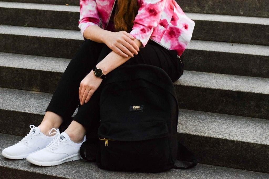vans-rucksack-sneakers-blogger-muenchen-fashion-outfit-deutschland-modeblogger-sneakerslook-backpack-vansgirls-1