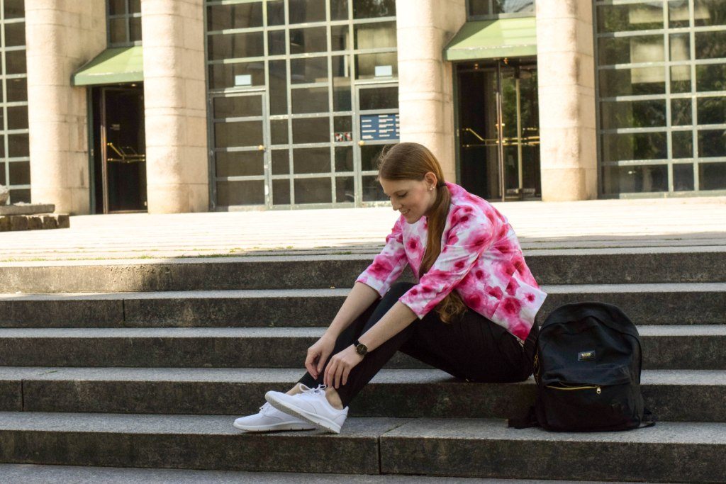 vans-rucksack-sneakers-blogger-muenchen-fashion-outfit-deutschland-modeblogger-sneakerslook-backpack-vansgirls-3