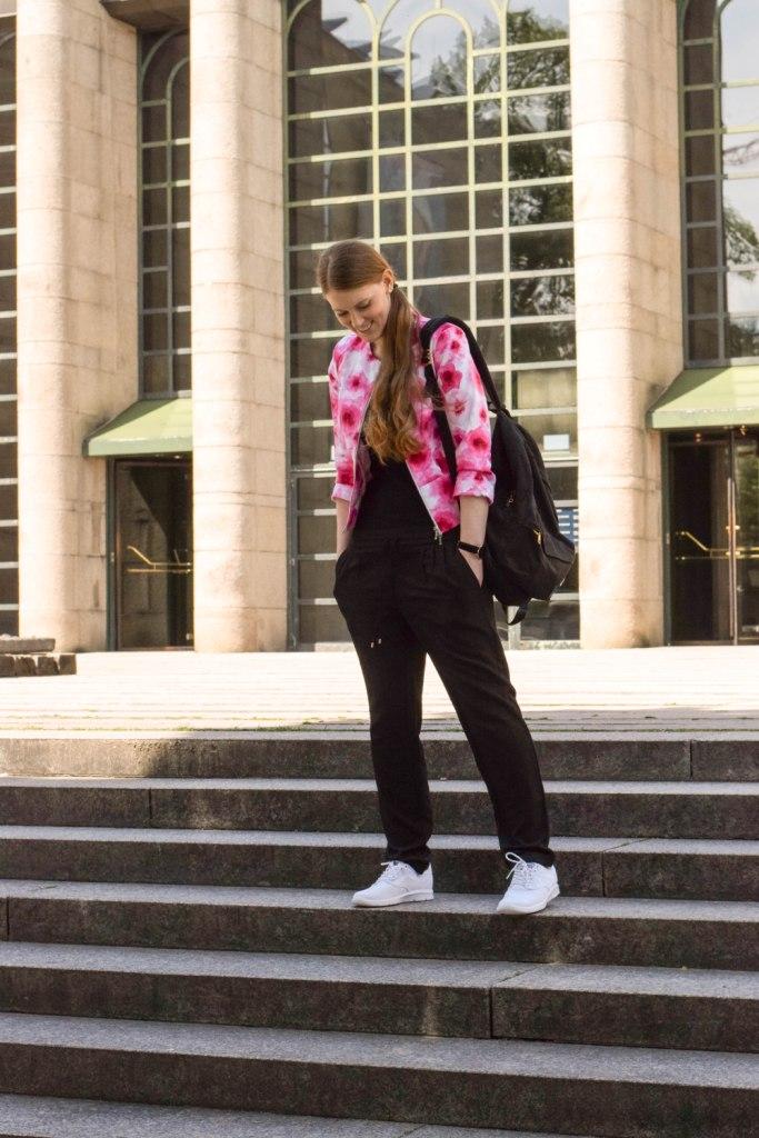 vans-rucksack-sneakers-blogger-muenchen-fashion-outfit-deutschland-modeblogger-sneakerslook-backpack-vansgirls-4