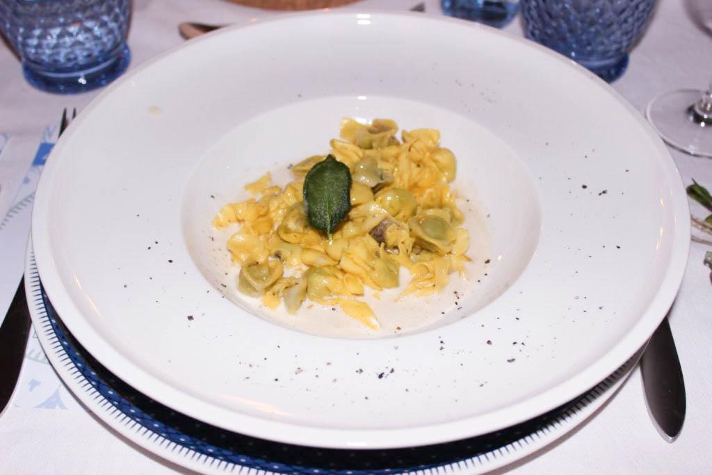 bludinner-villeroy-boch-geschirr-casale-blu-keramik-porzellan-nummerfuenfzehn-food-abendessen-blogger-dinner-muenchen-deutschland-Trueffelpasta