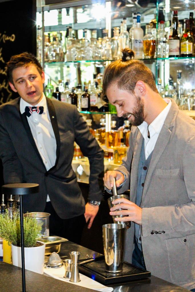 trendmeister-food-event-muenchen-blogger-muenchen-the-charles-hotel-rocco-forte-sophias-bar-cocktail-workshop-mixen-male-maenner-blog-4
