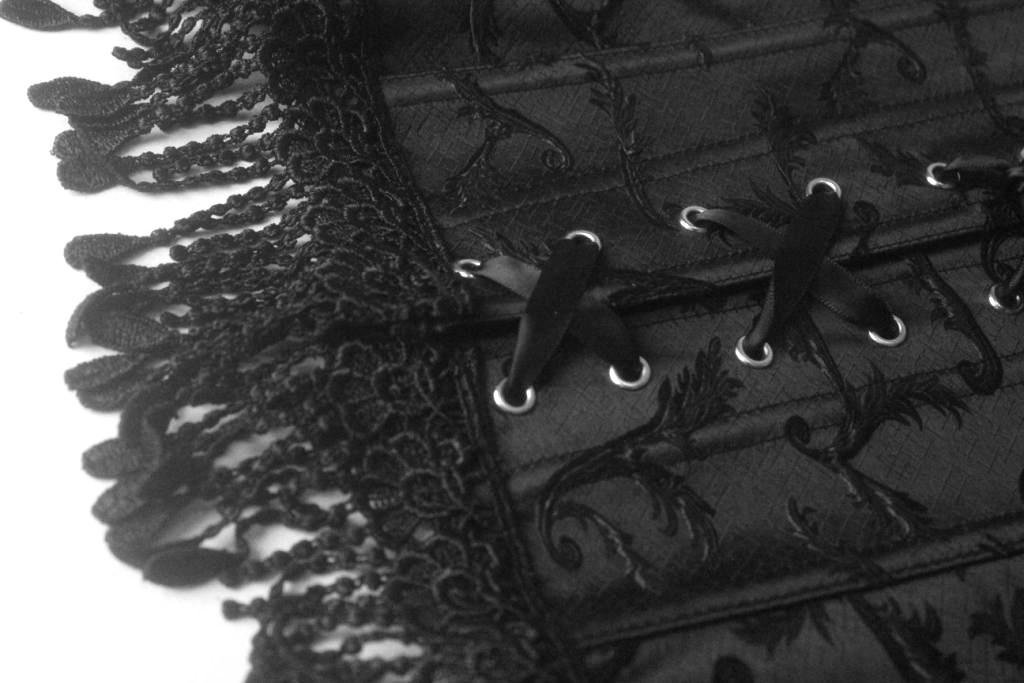 zugeschnuert-onlineshop-dessous-unterwaesche-korsett-corsage-ff1
