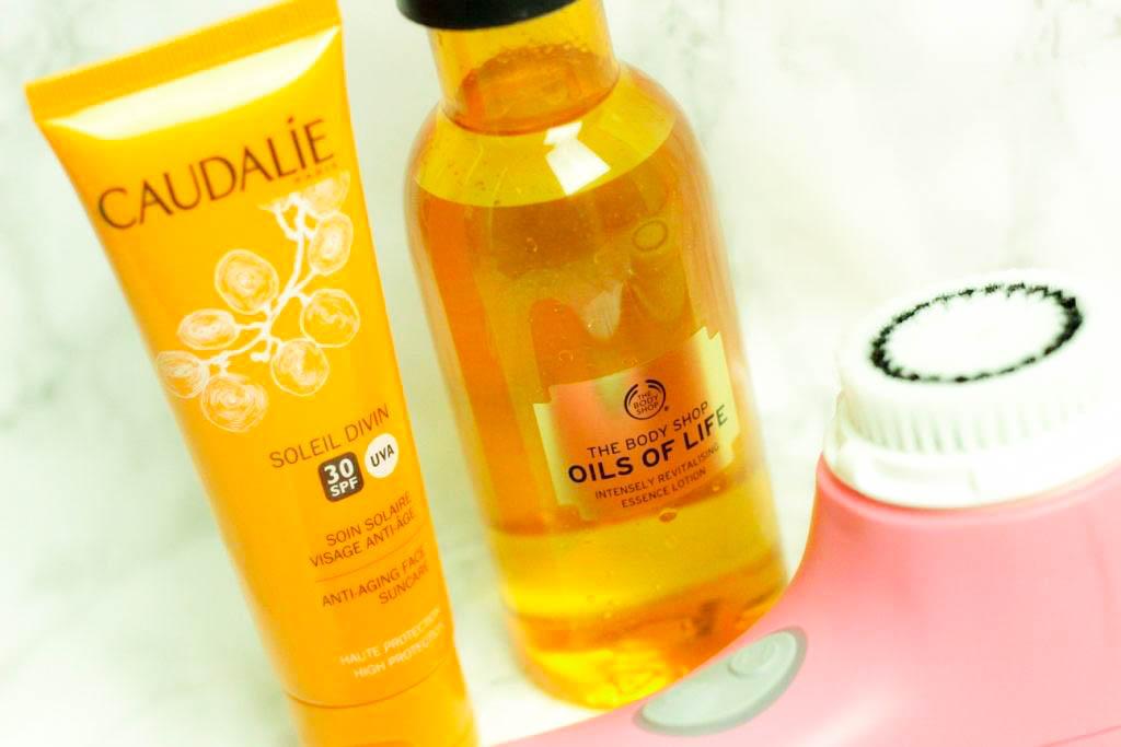 caudalie-soleil-divin-clarasonic-mia-gesichtsbuerste-the-body-shop-oils-of-life-beauty-blogger-muenchen-deutschland-youtuberin-1